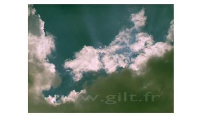 Nuages - Blanc et gris sur ciel bleu foncé Gilt Paysage Ciel réf.: CN02